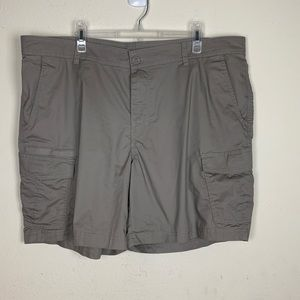Columbia- Gray Regular Fit Shorts size 12